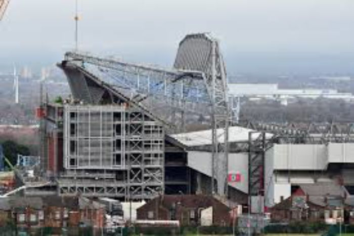 Anfield new stand takes shape