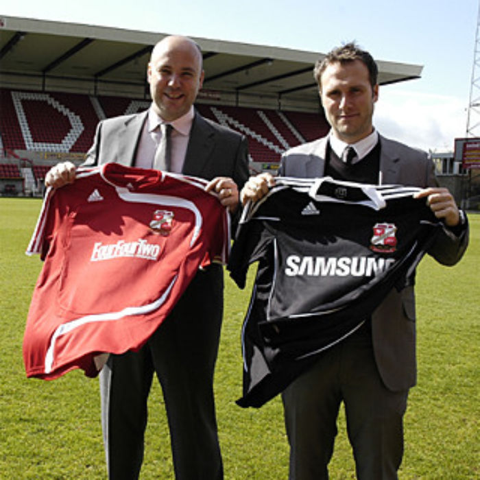 Swindon Town sign Samsung deal