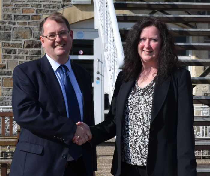 Tim Davies, Commercial Director -Gloucestershire CCC & Paula Street, Regional Manager - The Lindley Group ev
